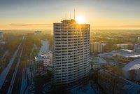 Vorschaubild für die Download-Datei Das Aalto Haus in der Morgensonne
