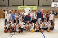 Vorschaubild für den Artikel 'Das GEWOBA Eisbären Camp - Basketball in den Osterferien'
