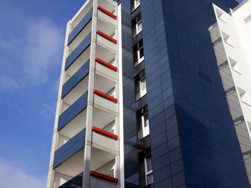 Hochhaus Eislebener Fassade