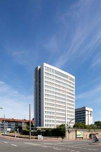 Vorschaubild für die Download-Datei Das ehemalige Bundeswehrhochhaus