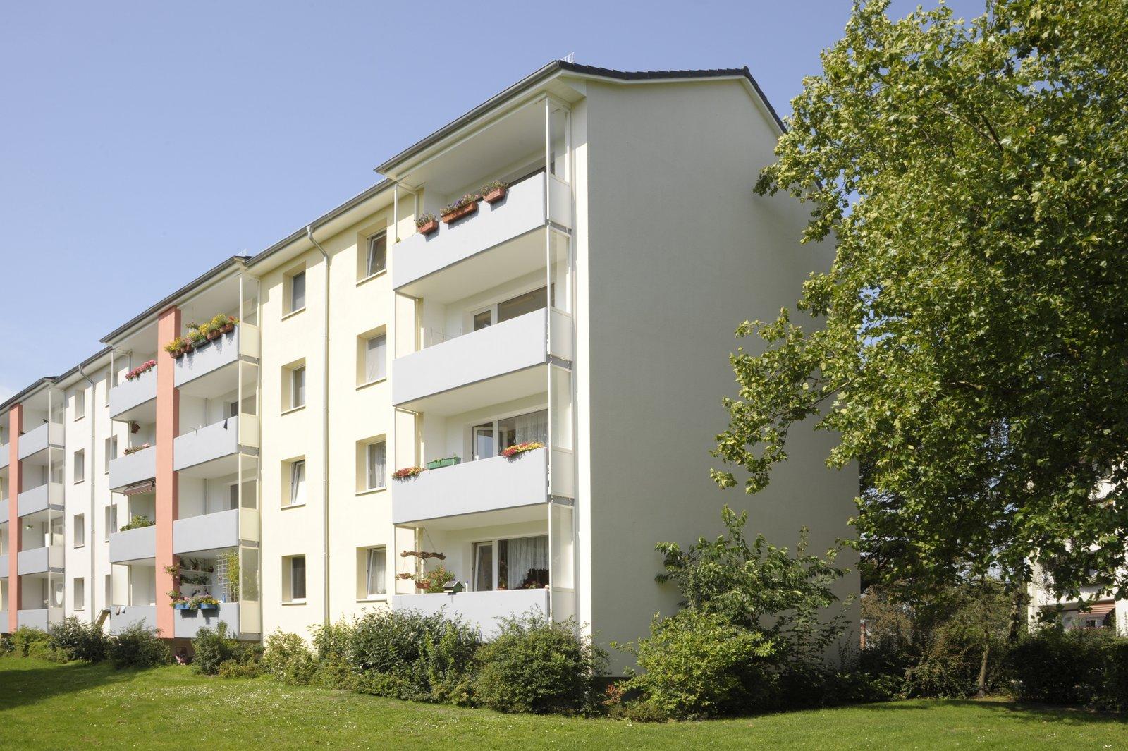 Balkon-/Giebelseite
